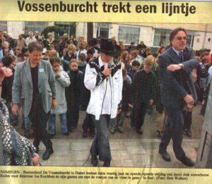 Vossenburcht trekt een lijntje -april2003